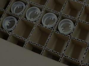 大阪府大東市の京阪紙工では強化ダンボールを使用した特殊梱包や緩衝材を製作