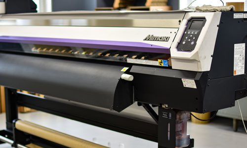 大阪府大東市の京阪紙工ではダンボール製品への印刷はもちろん一般顧客向け製品へのUVインクジェットプリントもOKです